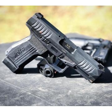 Pistole REX DELTA 9x19